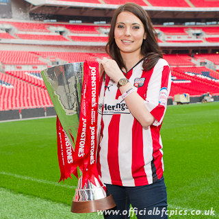 JPT with Natalie Sawyer and Helen Skelton « The Real FA Cup